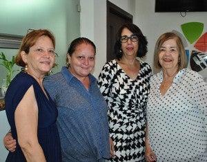 Patricia Abdu, Sasha Yuja, Florencia Fernández y Martha Bonilla de Hernández.