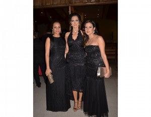 Luz Inestroza,  Jenny Giannini y Nancy de Midence.