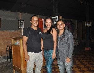 Anthony Amaya, Julissa Reyes y Fabricio Banegas.