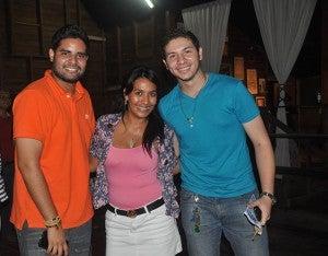 Ariel San Martín, Dora Morales y Lissandro Agurcia.