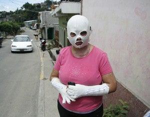 Las personas que deseen ayudar a Areli Velásquez pueden llamarla al teléfono celular 3247-0139.