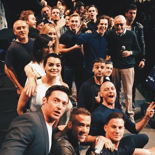 Stan-Lee-logra-reunir-a-los-superheroes-de-Marvel-en-un-selfie1