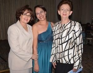 Doris Rivas, Jackie Guevara y Gloria Lorenzana.