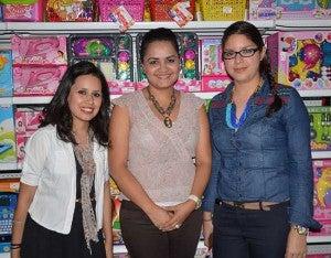 Angélica López, Doris Flores y Gissela Varela.