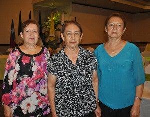 Ana Luisa, Martha y Sara Aguiluz.