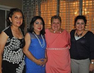 Dina Flores, Ester Amaya, Vilma Bohórquez y Marinely Aguilar.