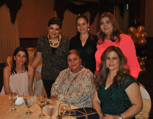 Mary Ann Kafati, Farah Robles, Karen de Nodarse, Elissa Pineda, Mayda Ayestas y Lorena Alfaro.