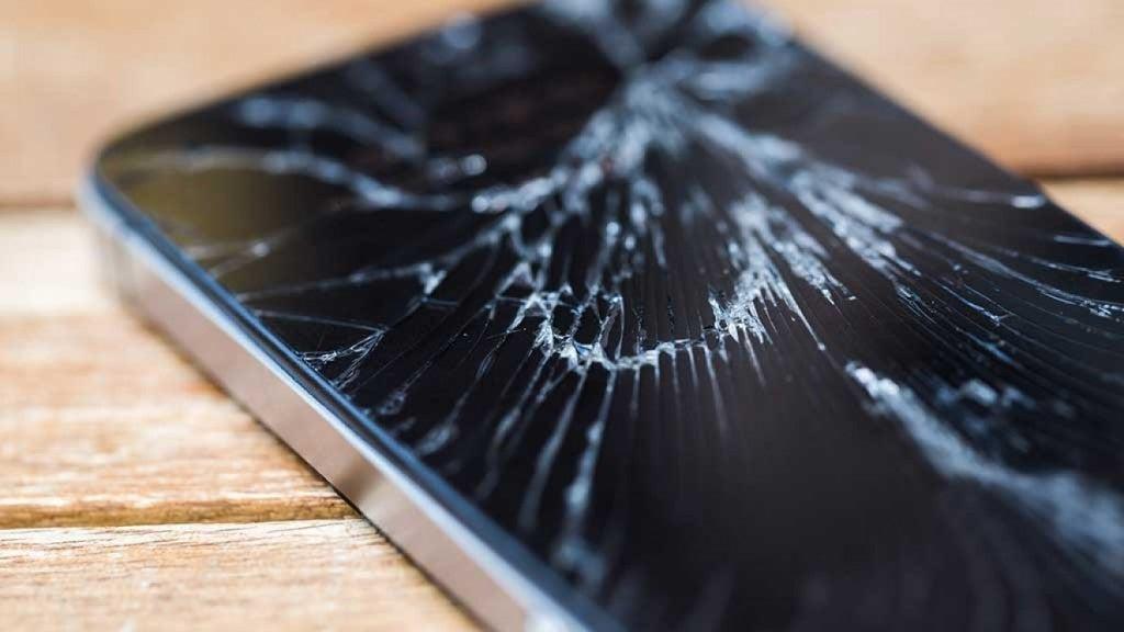 ¿Por qué estallan las pantallas de los smartphones34
