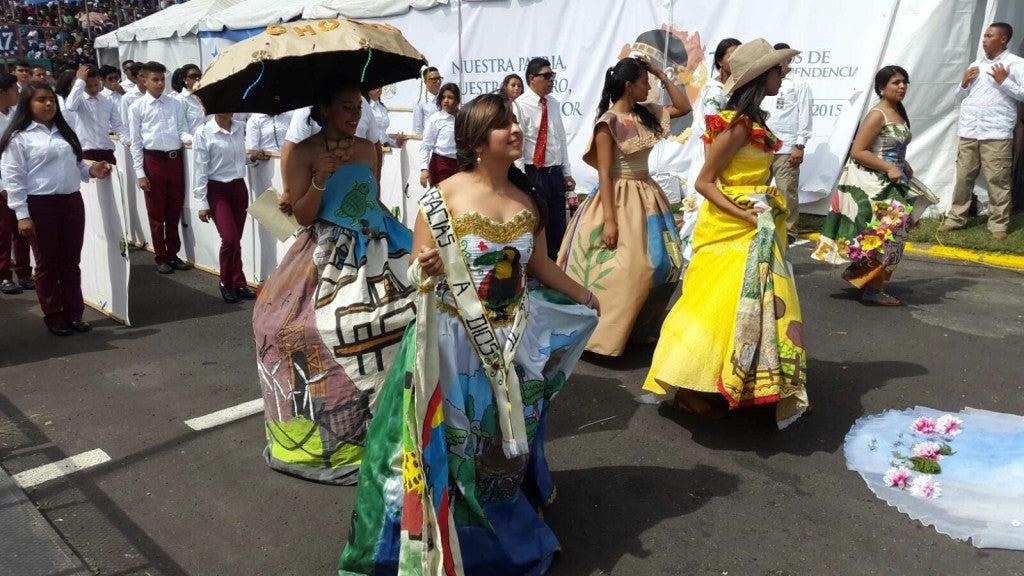 Belleza y patriotismo Arrancan los desfiles del 15 de Septiembre en Tegucigalpa2