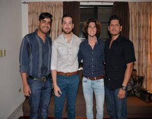 Carlos Castillo, Carlos Zablah y Osman Paz.