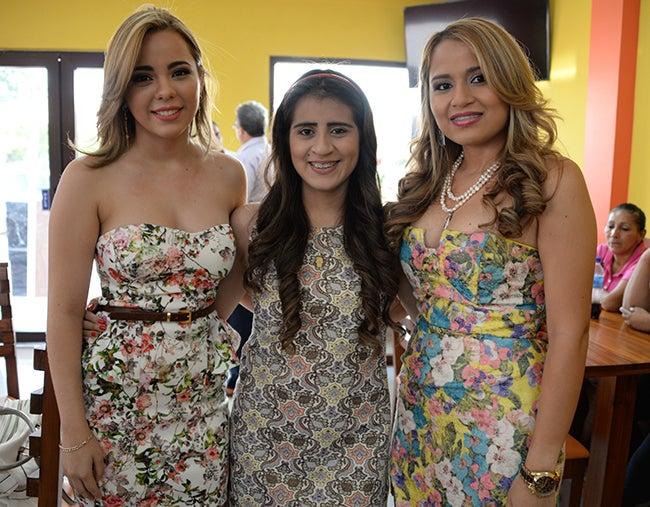 Aryani Mancía, Gabriela Sabillón y Paola Vargas.
