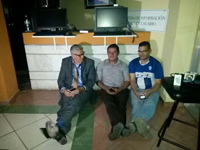 CONATEL convoca militares para desalojar al propietario de Cholusat Sur (2)