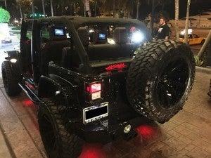 floyd-mayweather-avorza-jeep-auto