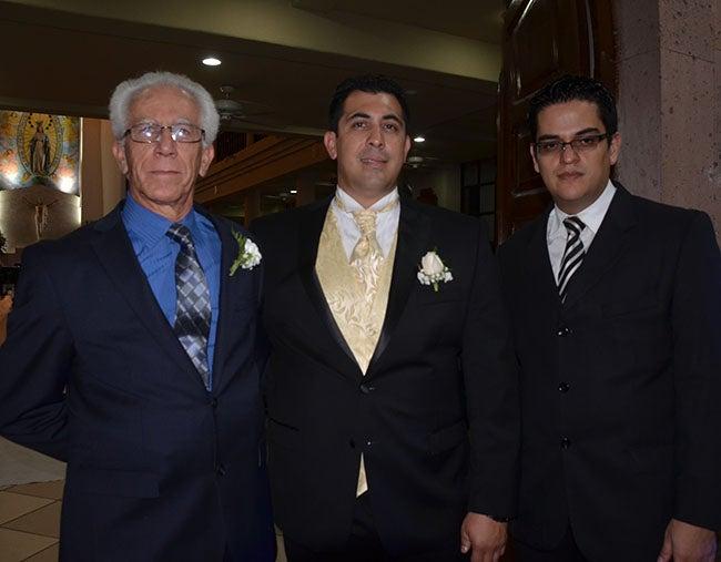 Eduardo Alban, Óscar Eduardo Alban  y Manuel Perdono.