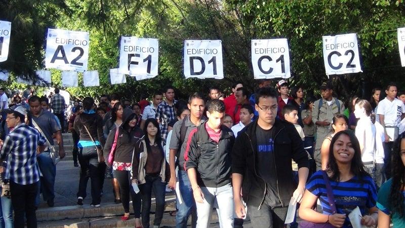 Honduras Rasel Tomé propone anular examen de admisión en la UNAH1