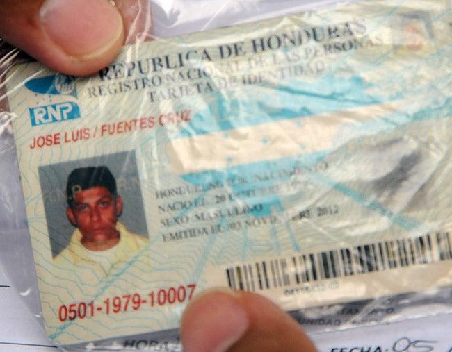 José Luis Fuentes en la fotografía de su cédula de identidad.